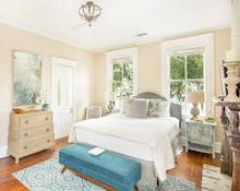 Broughton Estate Carriage House - Savannah Vacation Rental