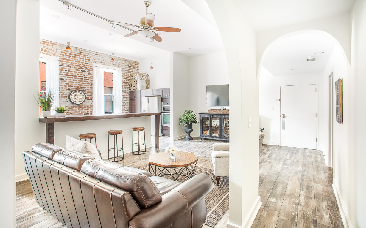 Lucky Savannah Vacation Rentals Telfair Loft
