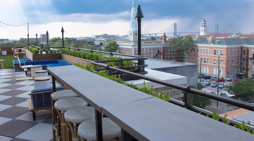 Peregrin Rooftop Bar
