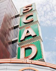 lucky-savannah-vacation-rentals-visit-savannah-places-to-stay-near-SCAD-campus